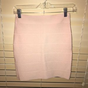 NWT Bebe Size S Pink bodycon skirt